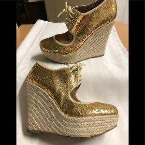Aldo Wedge Platform Shoe Gold Glitter Lace Up 9